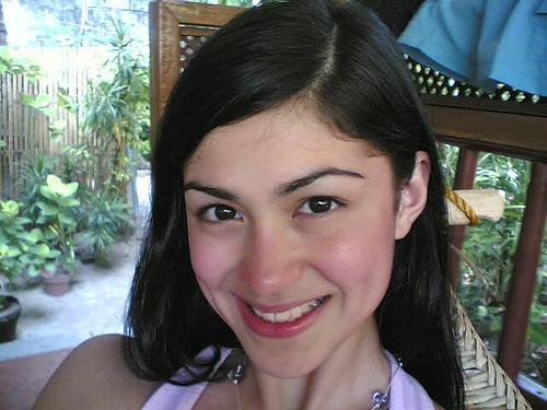 carla_abellana_smiles