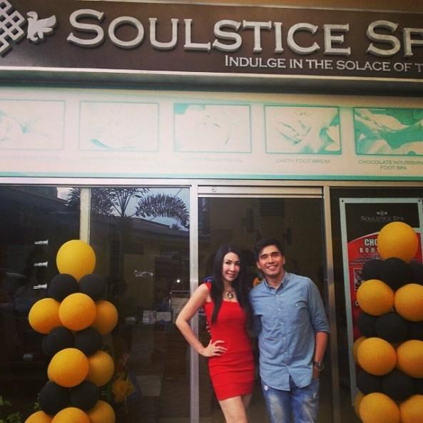 Endorsers Giselle Sanchez & Benjie Roxas